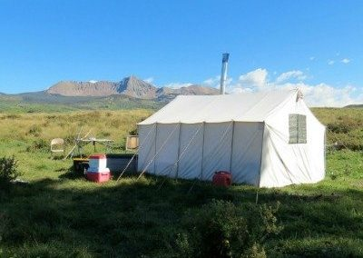 Canvas_Wall_Tent_Stove_Mountains_Outdoors_Geek_400x400